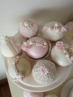 Vintage cupcakes by Something Fancy Celebration Cakes, via Flickr