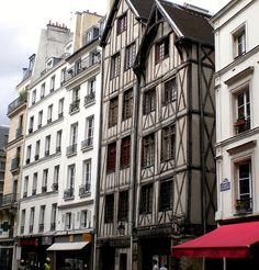 Rue Francois Miron, Marais district, Paris