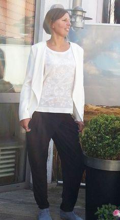 Outfit der Woche! Pants: Comma - Blusenshirt: Cinque - Blazer: More&More #fashion www.wiese-modewelt.de