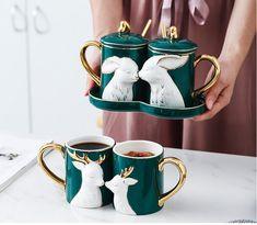 Ceramic Design, Ceramic Art, Ceramic Cups, Kitchen Items, Kitchen Decor, Coffee Cup Art, Coffee Mugs, Cute Cups, Tea Set