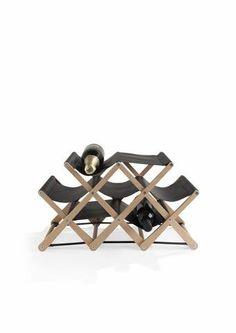 Vinotéka Rudi Rabbiti má nezaměnitelný a velmi osobitý design, který vznikál ve spolupráci s italskými návrháři a architekty. #design #style #creativegift #rudirabitti #stylish #present
