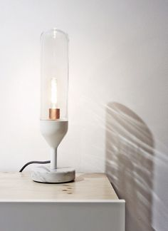 ★ Simple & pure table lamp