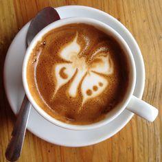 Coffee butterfly. Barista design. Drink café & salud