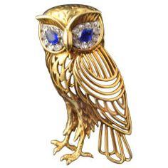 CARTIER Gold, sapphire & diamond owl brooch   Hancocks
