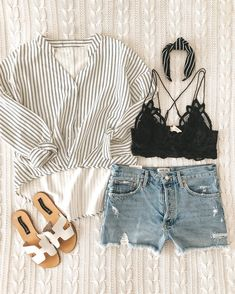 Awesome fashion trends are offered on our internet site. Have a look and you wont be sorry you did. Street Style Summer, Street Style Looks, Spring Style, Womens Fashion Online, Latest Fashion For Women, Fashion Women, Amazon Mode, Espadrilles Outfit, Tumblr Outfits