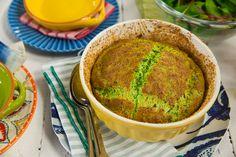 Suflê de espinafre   Receita Panelinha:  Chique, nutritivo e em tamanho família. Pode ser preparado com espinafre congelado e servido com uma saladinha verde. Um clássico que nunca sai de moda!