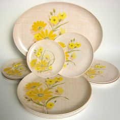 17-Pc Vintage Durawear Melmac Melamine Dishes, Pink Gold & White Flowers Picnic Dinnerware Plates, Serving Tray