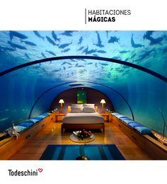 ¿Te imaginas pasar la noche en esta habitación? Un diseño que une la magia de la naturaleza con el estilo y sofisticación de un hotel de lujo.  #Diseñodeinteriores #Decoración #Todeschini #ambientes #mueblesamedida #arquitectura #arte