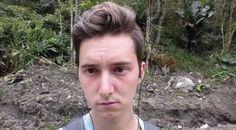Watch what happens when a train driver has had enough of selfies hahahahaha
