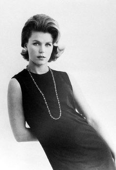 Lee Remick Lee Remick, 1960s Fashion, Look Alike, Man In Love, Pretty Woman, Movie Stars, Celebrities, Photography, Vintage