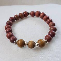 Bekijk dit items in mijn Etsy shop https://www.etsy.com/nl/listing/552740020/armband-houten-kralen-en-metaal-kralen