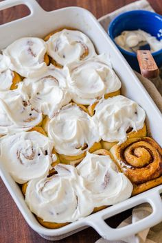 """Big, soft, homemade Cinnamon Rolls have the best cream cheese icing and they always disappear fast. As my sister puts it, they are """"better than Cinnabon! Cinnamon Rolls From Scratch, Cinnamon Roll Icing, Thanksgiving Desserts Easy, Easy Desserts, Dessert Recipes, Vegan Thanksgiving, Dessert Simple, Cinnabon, Sweet Buns"""