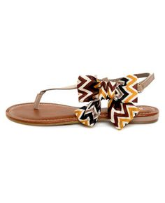 Bamboo Bloom 61 Taupe Zig-Zag Print Side Bow Thong Sandals- Lulus.