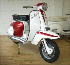 lambretta sx200. $4000 pricetag. soooo pretty.