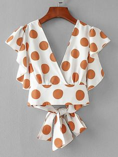Shop Ruffle Trim Knot Back Surplice Top online. - Shop Ruffle Trim Knot Back Surplice Top online. SheIn offers Ruffle Trim Knot Back Surplice Top & more to fit your fashionable needs. Source by hubraum - Polka Dot Shorts, Polka Dot Crop Tops, Diy Clothes, Clothes For Women, Mode Top, Surplice Top, Mode Style, Lace Tops, Blouse Designs