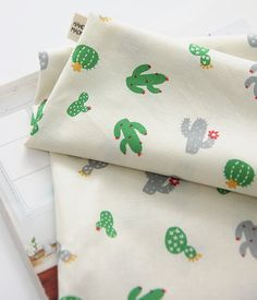 Cactus Pattern Green Color Cotton Fabric by Yard by luckyshop0228