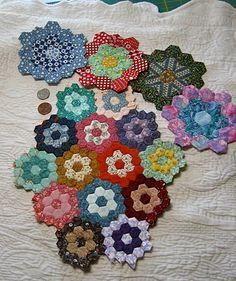 thevignettehexagonquilt | The Vignette Hexagon Quilt | Quilts