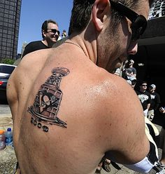 Pascal Dupuis shows his Stanley Cup Tattoo. HockeyGods strives to untie hockey fans from across the globe covering all types of hockey imaginable. Hockey Games, Hockey Players, Ice Hockey, Pascal Dupuis, Pittsburgh Penguins Hockey, Pittsburgh Pa, Cup Tattoo, Penguin Tattoo, Lets Go Pens