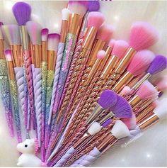 Einhorn gehörnte Make-up Pinsel Unicorn horned make-up brush Makeup Kit, Makeup Brush Set, Beauty Makeup, Makeup Brush Storage, Makeup Brush Cleaner, Chanel Makeup, Makeup Style, Hair Makeup, Make Up Brush
