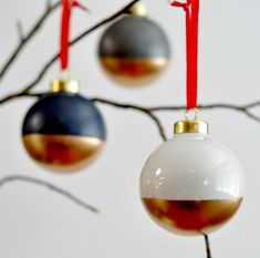 22 DIY Christmas Ornaments That Would Make Stellar Gifts via Brit   Co