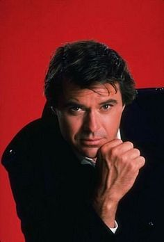 Robert Urich, died 04/16/02 of synovial cell sarcoma, a rare cancer that attacks the body's joints.