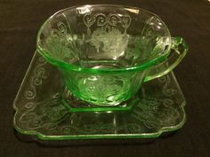 1929-1932 Indiana Lorain green depression cup and square saucer