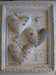 Coeurs de 15cm de hauteur 12€ pièce Merci de préciser le numéro souhaité en passant commande n°1: chanvre et linge ancien, 3 petites fleurs gris clair, petite pince étoil - 867637
