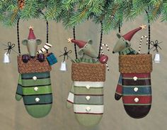 Mice and Mittens Folk Art Ornaments Set of Three – Christmas Folk Art & Holiday Collectibles – Williraye Studio