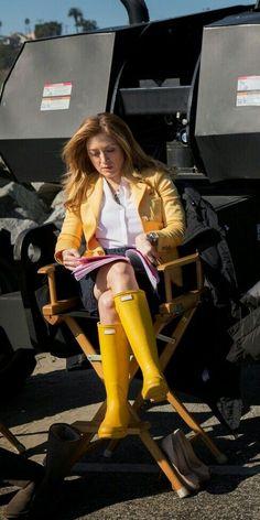 Yellow Rain Boots, Wellies Rain Boots, Hunter Rain Boots, Sexy Boots, Black Boots, Ladies Wellies, Rain Boots Fashion, Rainy Day Fashion, Hunter Boots