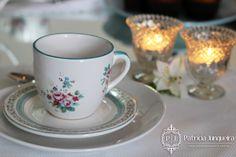 Preparamos um lindo Chá da Tarde para uma de nossas leitoras receber seus amigos em casa! Veja os detalhes: http://www.patriciajunqueira.com.br/#!ch-da-tarde-azul/ci40