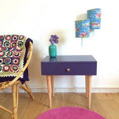 Bedside night table 1960s violet colour model di ChouetteFabrique, €100.00