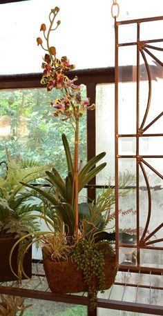 Artificial succulent arrangement for window area