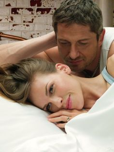 Still of Hilary Swank and Gerard Butler in P.S. I Love You (2007)