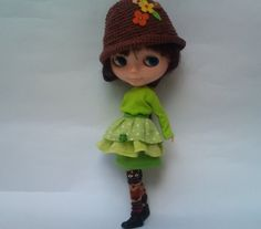 Fresh Spring Leaves outfit for Blythe by RainbowDaisies on Etsy