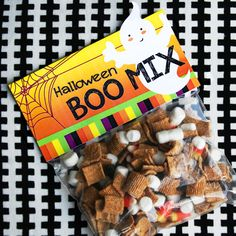 Halloween Boo Mix Bag Topper | Free Printable - Popsicle Blog