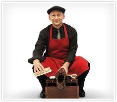 Schuhputzer  Peter Borggreve gehört zu den wenigen Profischuhputzer in Deutschland, kontaktieren Sie ihn über seine Seite www.der-feine-auftritt.de