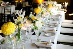 Yellow-and-White-Wedding-Reception-Table