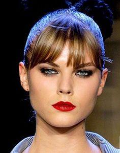 Google Image Result for http://espressomystyle.com/wp-content/uploads/2011/05/red-lipstick-fetish-2.jpg