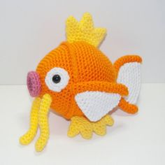 The Essential Pokemon Amigurumi Collection: Part 2 - Created by Johnny Navarro Johnny has added some fantastic new creations to his Pokemon collection, and they're all available for sale on his Etsy. Crochet Mignon, Crochet Fish, Cute Crochet, Crochet Animals, Crochet Yarn, Crochet Amigurumi, Amigurumi Doll, Amigurumi Patterns, Crochet Dolls