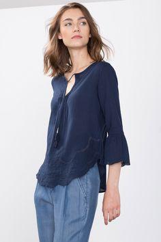 Esprit / Romantic blouse with ties