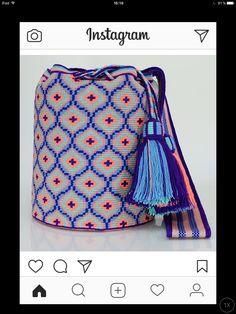 Tapestry Bag, Tapestry Crochet, Knit Crochet, Crochet Bags, How To Make Handbags, Bargello, Bead Weaving, Knit Patterns, Bag Sale