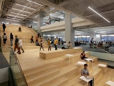 2016 Best of Design Award for Interior > Workplace: Square, Inc. HQ by Bohlin Cywinski Jackson. Stairs Architecture, Interior Architecture, Atrium, Square Inc, Tiered Seating, Innovative Office, Interior Design Institute, Open Office, Office Spaces