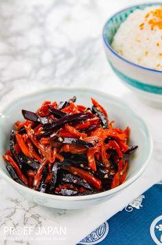 Recept: Wortel kinpira (van twee soorten wortel) | Proef Japan Japchae, Bento, Tofu, Ethnic Recipes, Bento Box