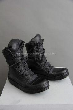 Sneakers | Darklands