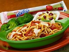 Tony Roma's Marinara Pasta - Linguine pasta tossed in marinara sauce and topped with shaved asiago cheese. Served with citrus apple salad, Go-Gurt frozen strawberry yogurt and broccoli.