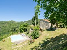 Casale Mazzini In San Godenzo, Tuscany. Typical stone farmhouse in stone, divided in three apartments on two floors, comfortably holding 10 persons with 4 do. Wood Burning Oven, Independent House, Double Bedroom, Outdoor Areas, Second Floor, Tuscany, Swimming Pools, To Go, Villa