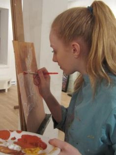 Session 2: June 29 - July 3, 2015   Ages 4 – 5, 6-9, 10-12 and 13-16  Artist studio - Van Gogh to Warhol: Examine the work of the world's master artists while exploring techniques with paint, colour, brush work, as well as printing techniques.