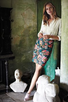 Work wear favourite - the Fantasia Stitched Pencil Skirt at www.anthropologie.eu