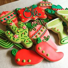 Fiesta Decorated Sugar Cookies-1 dozen by AnnPotterBaking on Etsy https://www.etsy.com/listing/244835843/fiesta-decorated-sugar-cookies-1-dozen