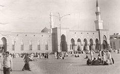 المسجد النبوي الشريف عام ١٣٩٢هـ ، ١٩٧٢م  @Haramain_Pic
